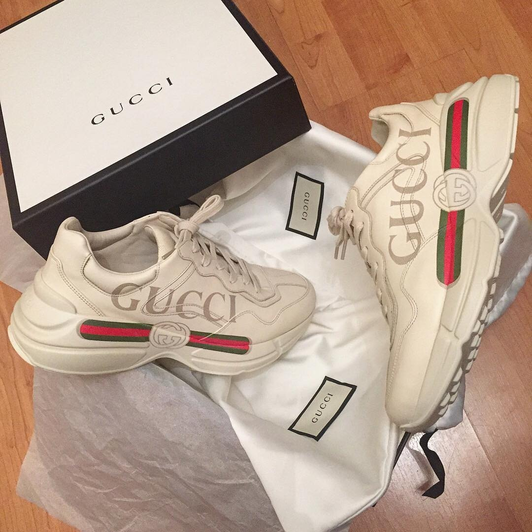 tênis gucci rhyton logo leather sneaker. Carregando zoom. 3337f68310c