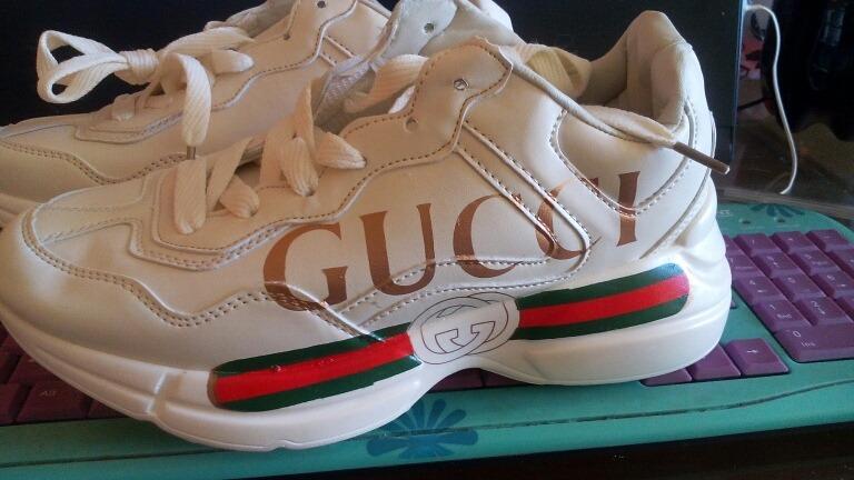 Tênis Gucci Sneakers Rhyton Vintage Importado - R  599 2ad0ea5ca2e