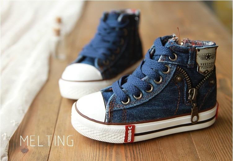 7a9e3064b7e Tênis Infantil Jeans Importado - R  130