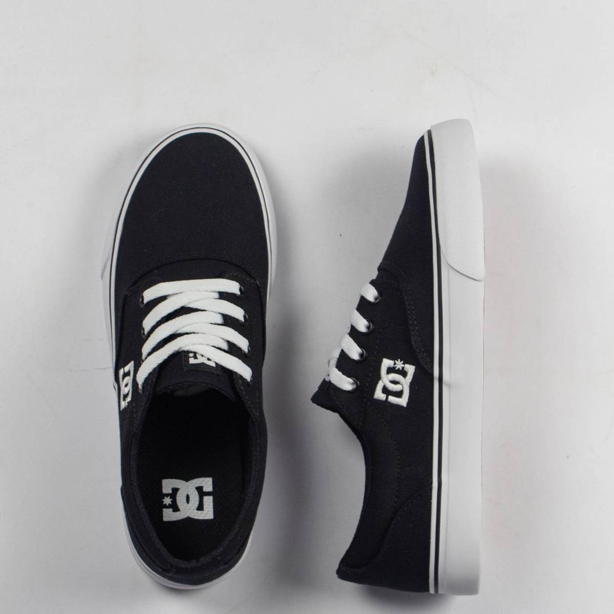 2c594925a3 tênis masculino dc shoes new flash 2 tx black white original. Carregando  zoom.