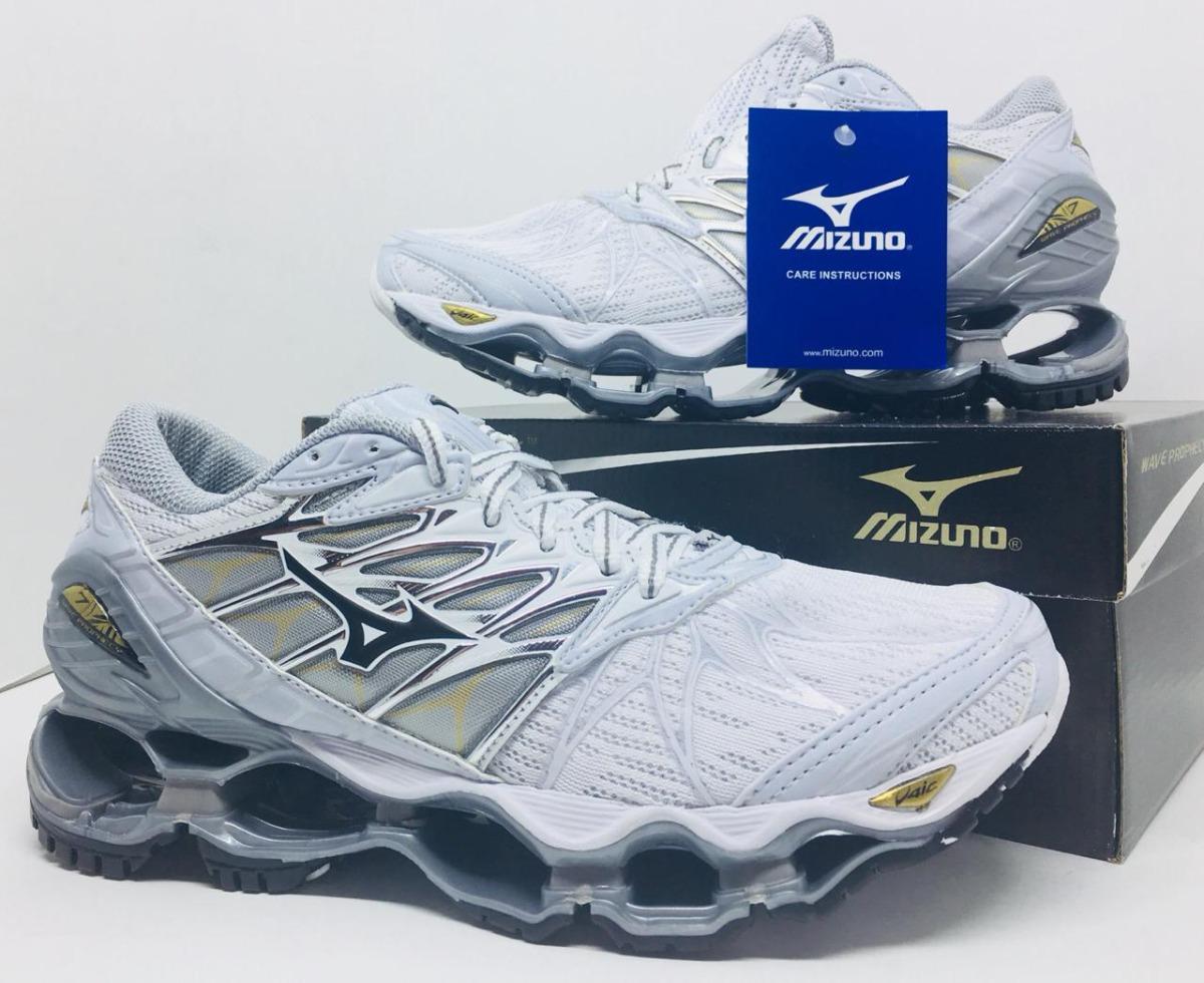 45a0081aae tênis mizuno pro 7 lançamento branco prata. Carregando zoom.