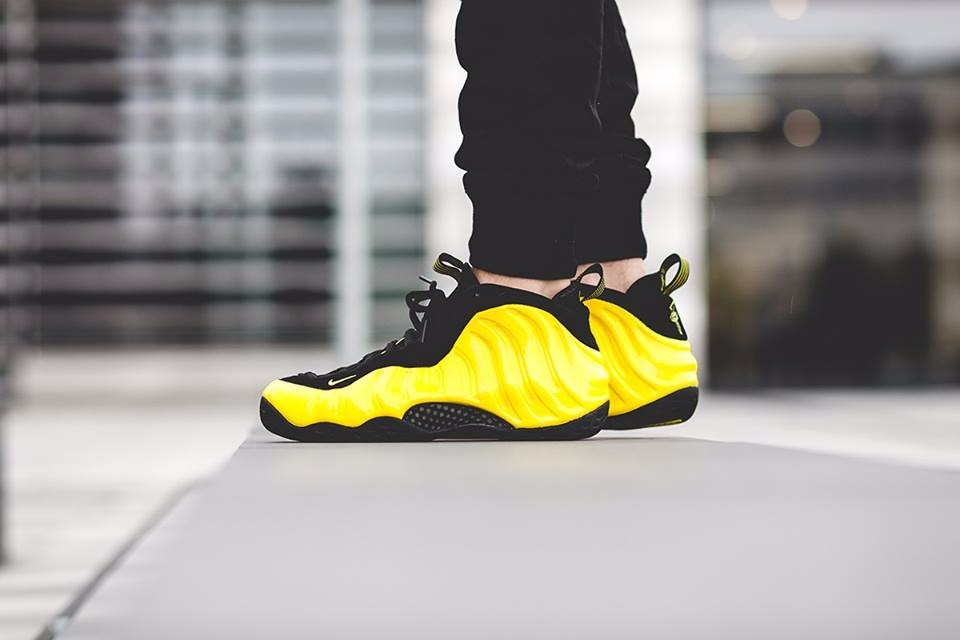 24b2df1913a7a tênis nike air foamposite one wu-tang optic yellow basket. Carregando zoom.
