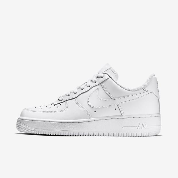 e0e0e1fd03a Tênis Nike Air Force 1 07 De Couro Original - R  349