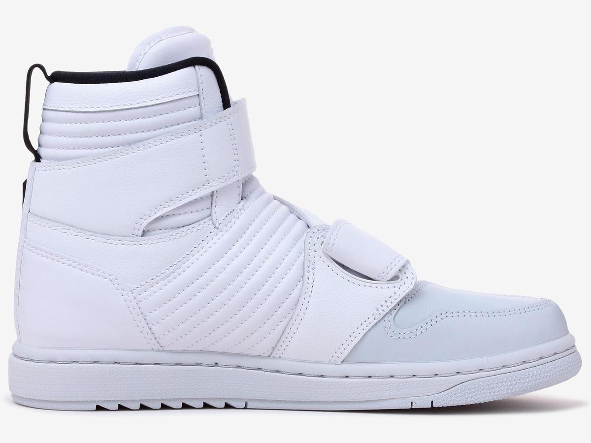 cheap for discount 04972 bdb44 Tênis Nike Air Jordan 1 Moto Pure Platinum White