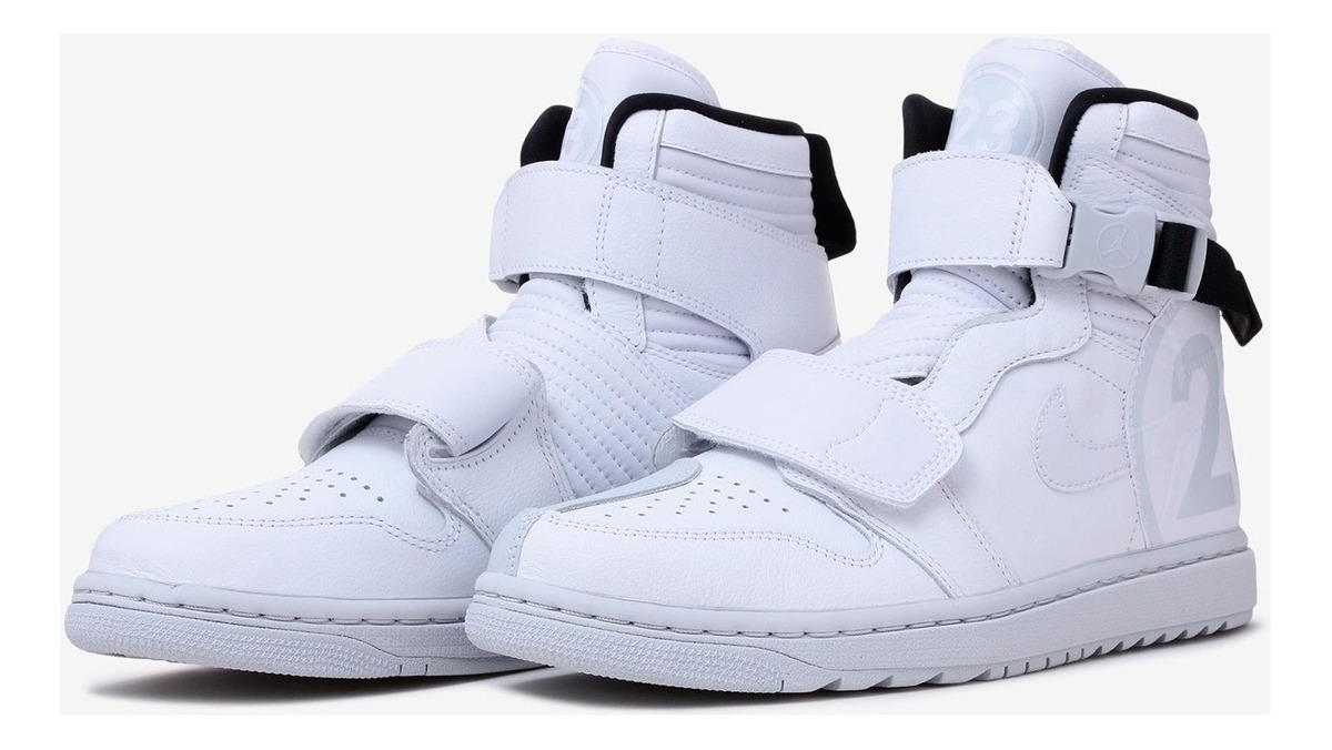 more photos d86c9 1d08c Tênis Nike Air Jordan 1 Moto White Pure Platinum, Imediato