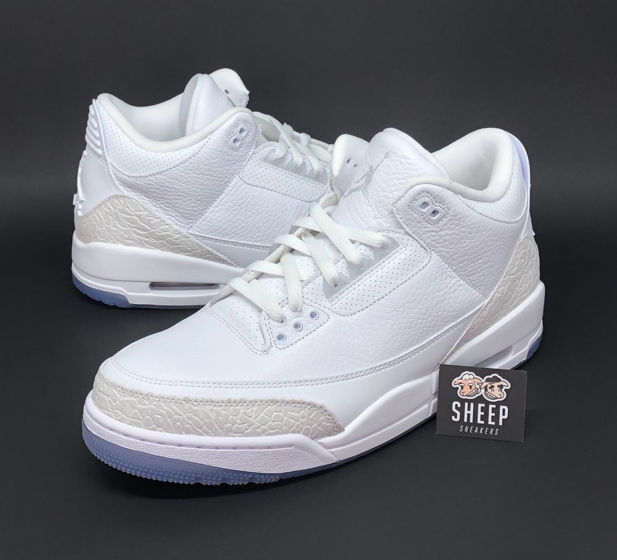official photos a2b05 cc778 Tênis Nike Air Jordan 3 Retro Pure White