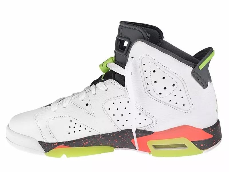 ad08434bdcd Tênis Nike Air Jordan 6 Retro Bg Hasta Mango