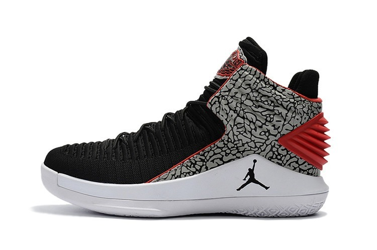 783dc8060e4 Tênis Nike Air Jordan Xxxll 32 Original Lançamento Basquete - R  665 ...