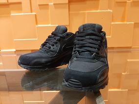 buy online 6fe72 39323 Tênis Nike Air Max 90 Essential Masculino - N° 39