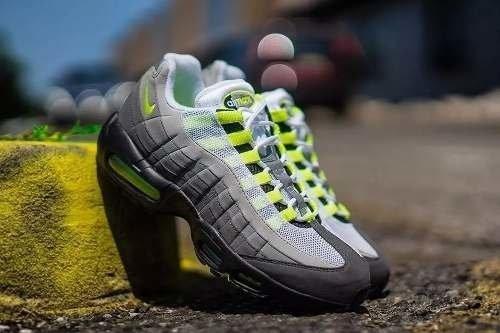 size 40 c8c63 f5f53 Tênis Nike Air Max '95 Og Neon - Sob Encomenda (branco, 39)
