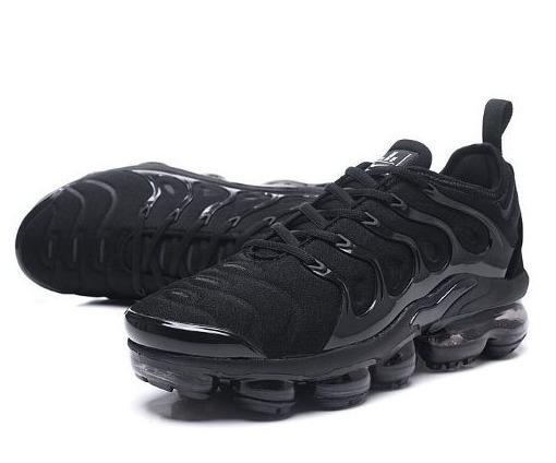 online store df2d7 56c7c Tênis Nike Air Vapormax Plus Flyknit - Triple Black 2.0