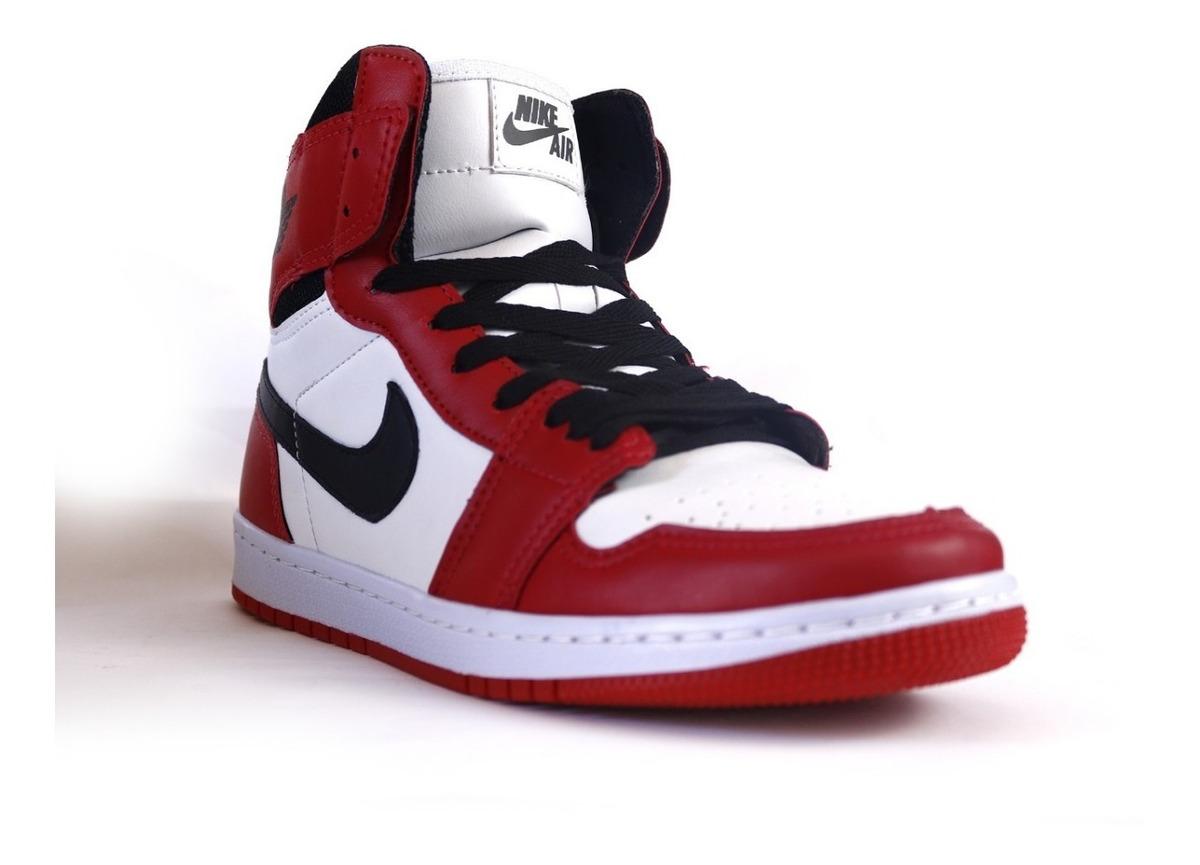 grande vente 8f9d5 39353 Tênis Nike Jordan 1 Chicago Retro High Promoção 40% Off