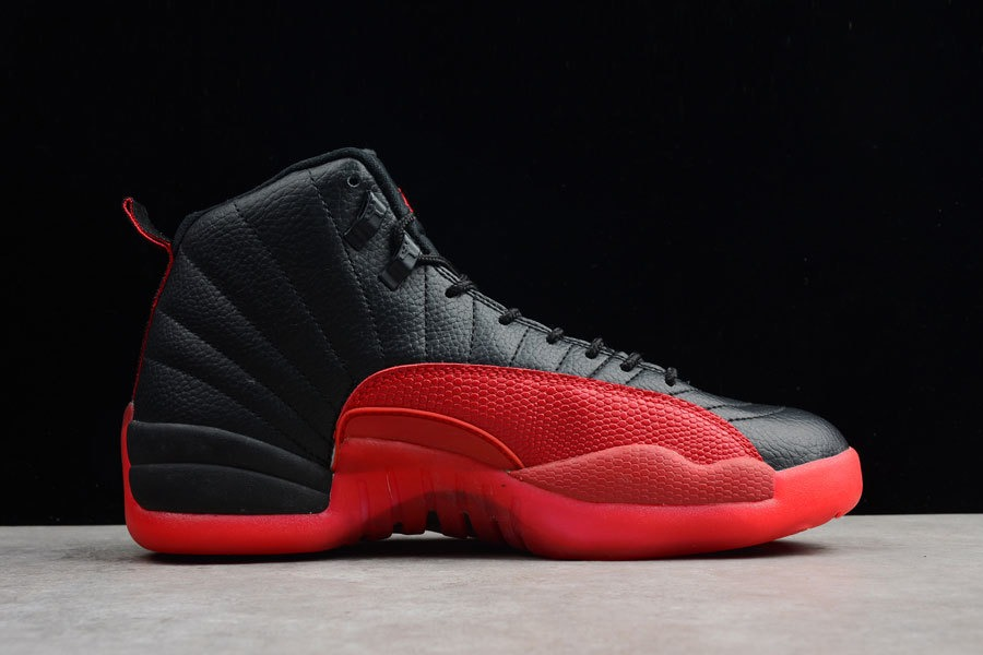 taille 40 bc048 1632a Tênis Nike Jordan 12 Retro Flu Games Original