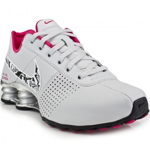 1a3a8a45696 Tênis Nike Shox Deliver Feminino - Cinza rosa - R  599