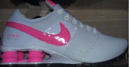 tenis nike shox feminino branco e rosa
