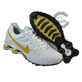 b6a298f3cf7 Tenis Nike Shox Junior 4 Molas Preto Com Azul Original - Tênis no Mercado  Livre Brasil