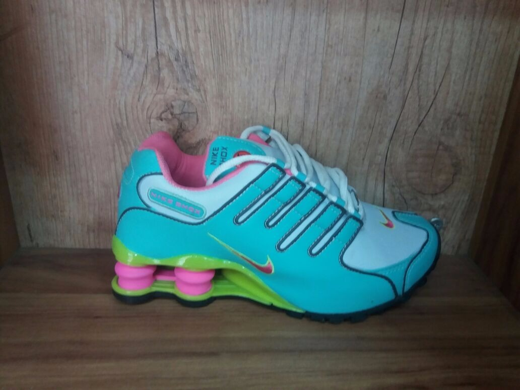 ... uk tênis nike shox junior deliver avenue nz feminino a34f9 102bb ... 2cb9336945286