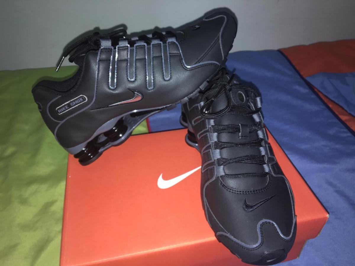 37b86a361e4 ... low cost tênis nike shox nz eu masculino tamanho 40 preto e cinza.  carregando zoom