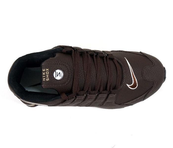 8ba1d3f4178 Tênis Nike Shox Nz Marrom - R  400