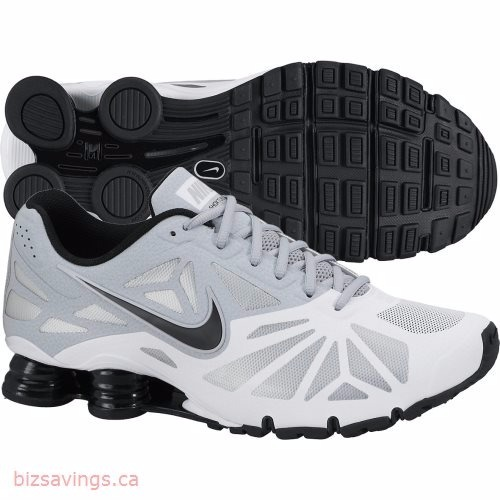 check out 3943c 4e41d Tênis Nike Shox Turbo 14 631760-100 Branco preto - R  449,90 em Mercado  Livre