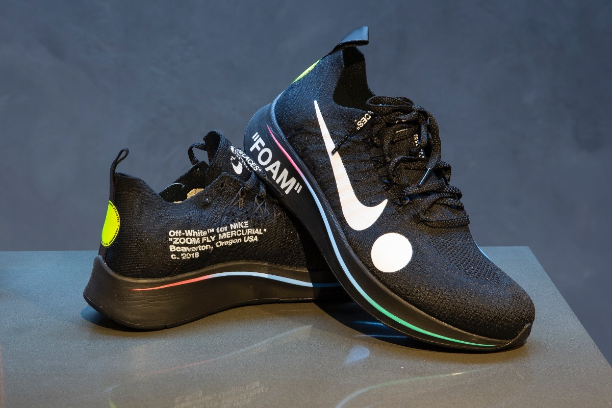 0823614f1f Tênis Nike Zoom Fly Off-white Black Tam 42 - R  1.199