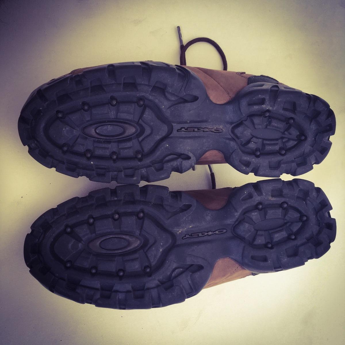 d6e1c60796c52 tênis oakley original teeth pronta entrega bota tracker. Carregando zoom.