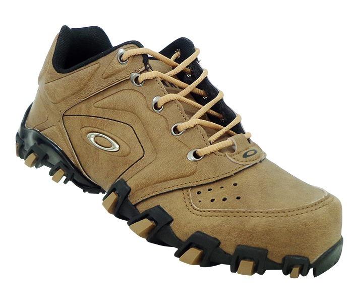 60af2bd5ea890 Tênis Oakley Teeth Anchor Marrom - Masculino - R  149