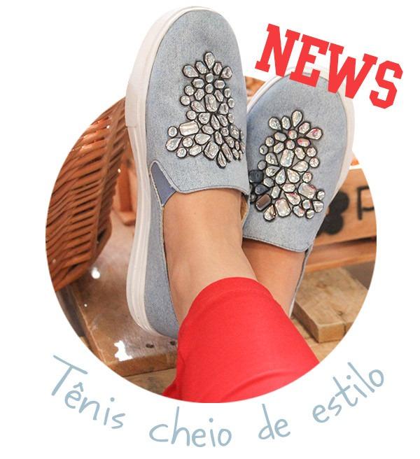 5daf0a4394 Tênis Petite Jolie Jeans Com Aplicações - R  114