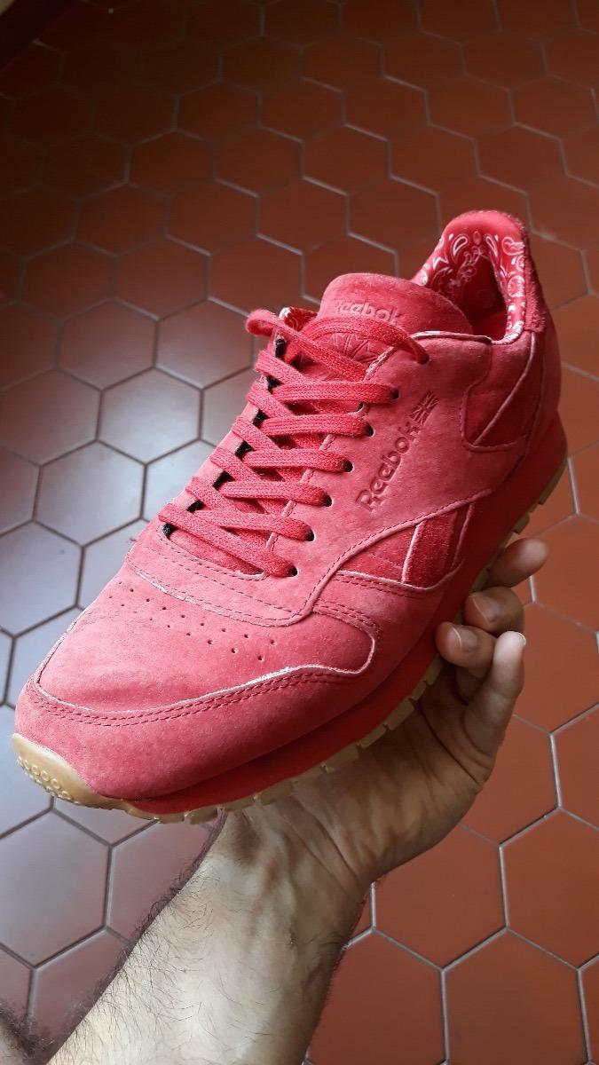 2e0459bd84a tênis reebok classic vermelho. Carregando zoom. Classic Leather