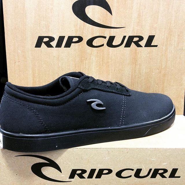 c66bad8fe4c Tênis Rip Curl Huntington Full Black Todo Preto Promoção - R  249