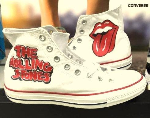 e355e3bafa4a Tênis Rolling Stones All Star Converse Botinha Unissex - R  239