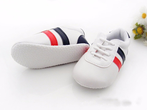 tênis sapato sapatinho de bebê branco 6 a 9  meses importado