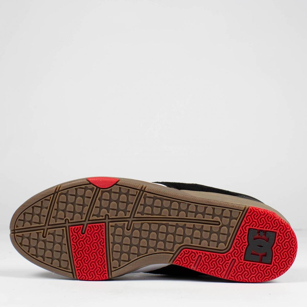 c83a1d7073 tênis skate dc shoes tiago s. black gum original. Carregando zoom.