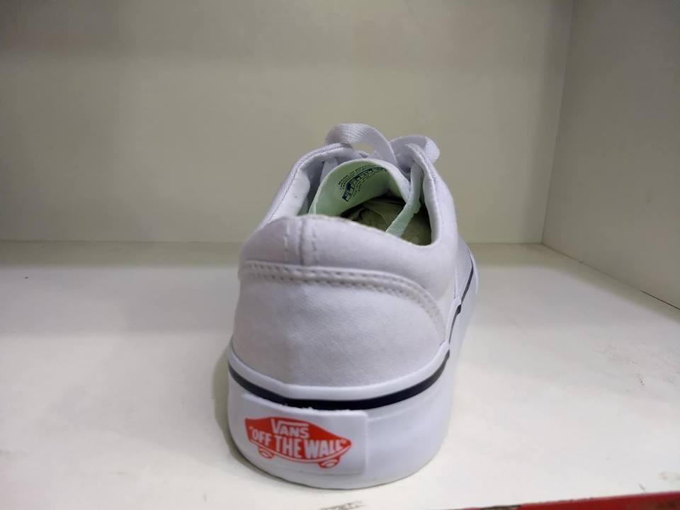 tênis vans classic authentic branco. Carregando zoom. f02cf00773961
