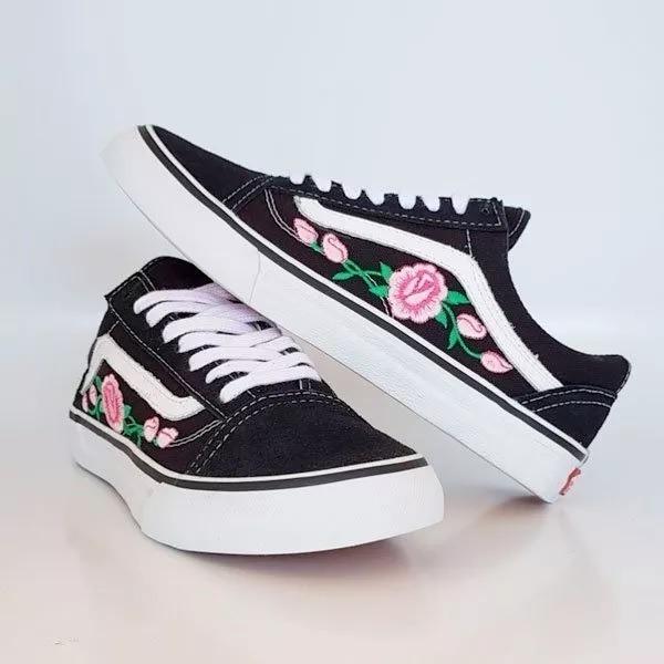 57311dfa474e9 Tênis Vans Old Skool Flores Original Promoção - R  199