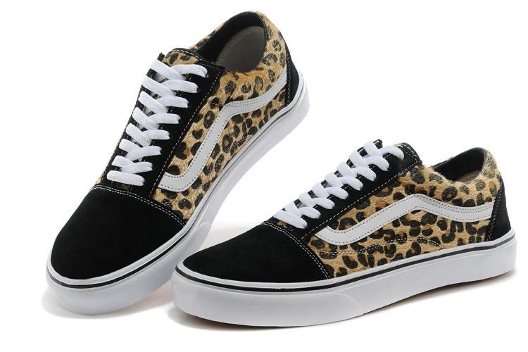5f6af4a49945a Tênis Vans Old Skool Oncinha Original Promoção - R$ 229,99 em ...
