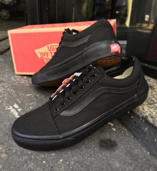 53296e504cc Tênis Vans Old Skool Promoção - R  69