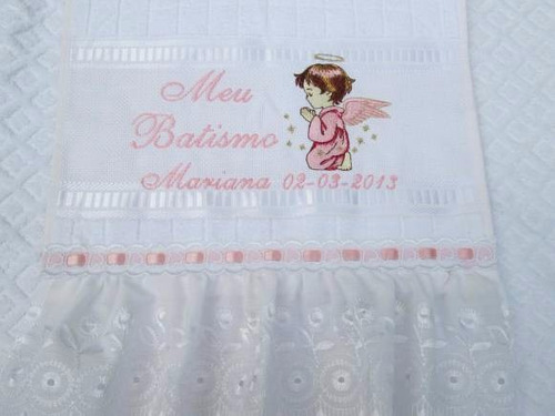 toalha bordada para batizado