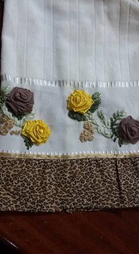 toalhas de rosto bordadas a mão ( tamanho 50x80 )