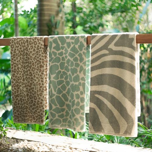 toalla animal print leopardo colección serengeti  75 x 44 cm