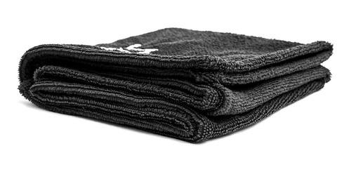 toalla negra