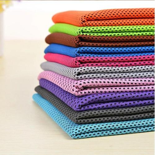 toallas de microfibra azul tuquesa para diferentes usos