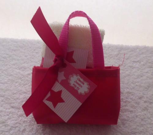 toallita facial y gloss personalizado bolsita toalla lipbalm