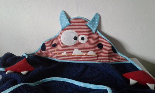 toallon bebe c/ capucha bordada doble felpa