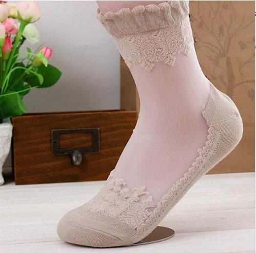 tobilleras o calcetas de encaje elastico color beige