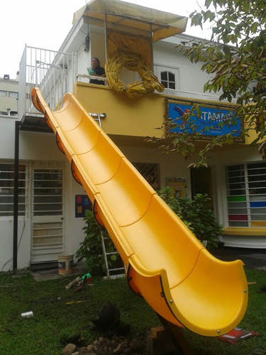 tobogán plástico de emergencia para jardín infantil