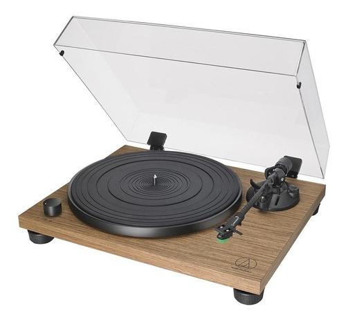 toca-discos audio-technica at-lpw40wn belt-drive, manual, acabamento amadeirado, braço fibra de carbono