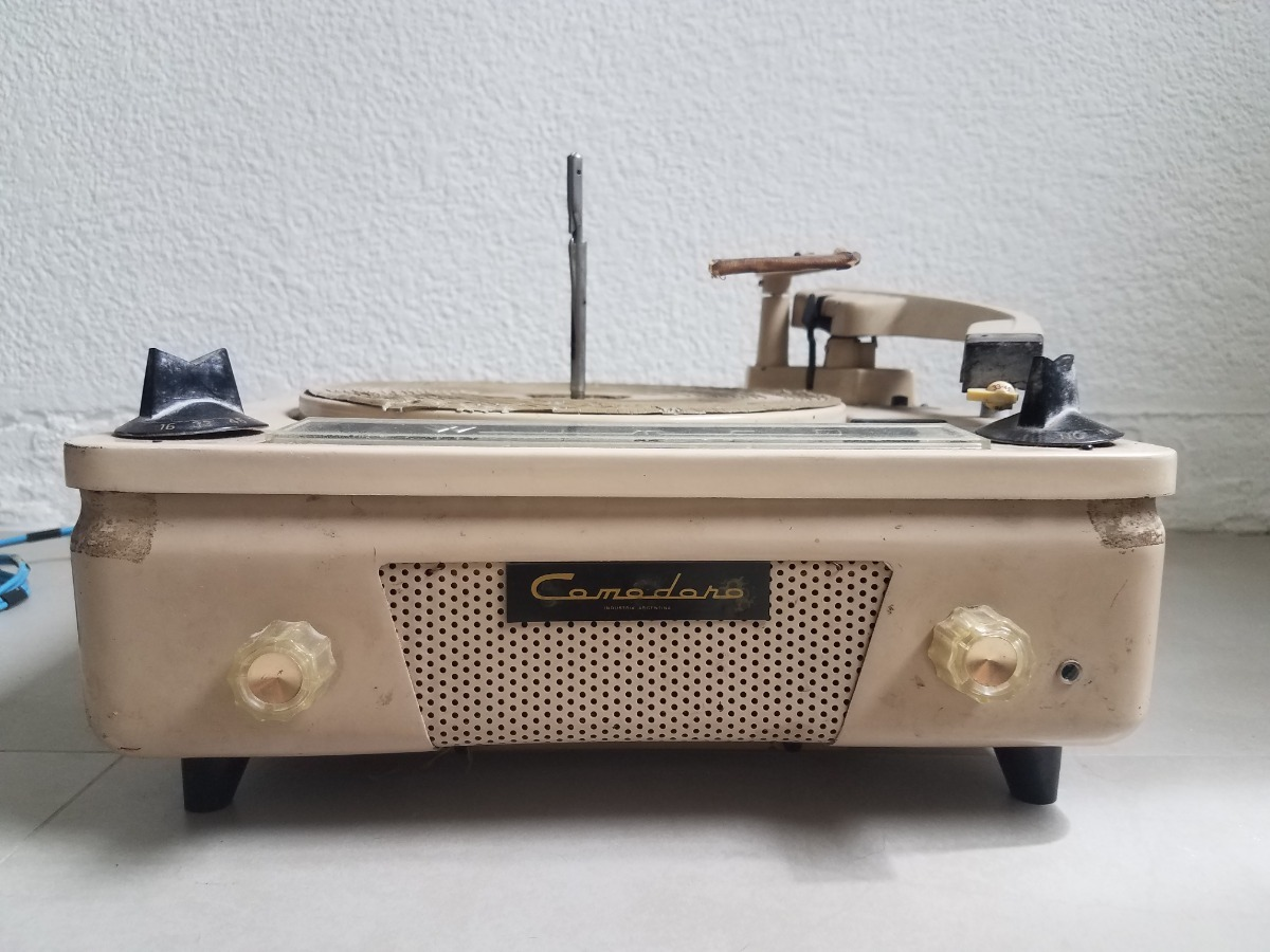 Circuito Wincofon : Tocadiscos wincofon comodoro estado original en mercado
