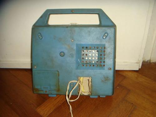 tocadiscos y radio portatil vintage