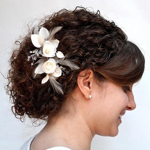 tocado peineta novia boda flores fiesta